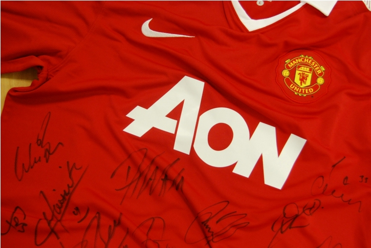 Signed Manchester United Shirt Close Up