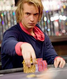 Isildur All In - Poker Tournament Plays