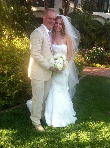 Erick Lindgren & Erica Schoenberg Wedding Picture