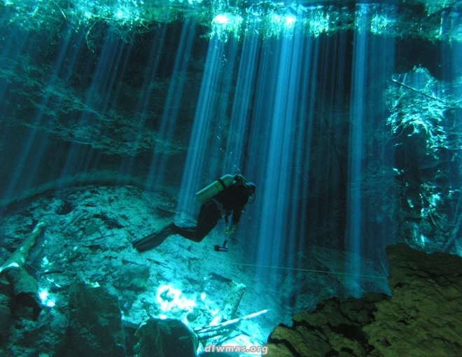 4-diving-in-cenotes-mexico