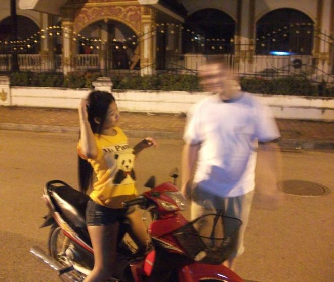 6-laos-motorbike-ladyboys