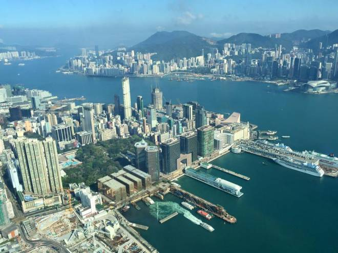 Poker in Hong Kong - Baller Sky Bar View